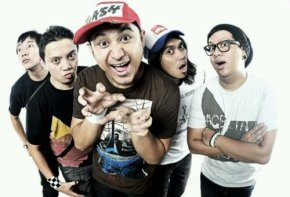 wpid-Rocket-Rockers-band.jpg